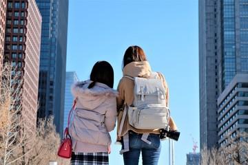 旅行する女性たち