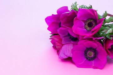 春のアネモネのブーケ(赤紫)