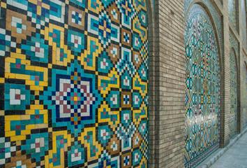 Tuinposter Imagination Mosaic traditional floral wall