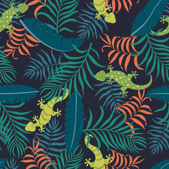 Tropical background with palm leaves and lizards. Seamless floral pattern. Summer vector illustration. Flat jungle print