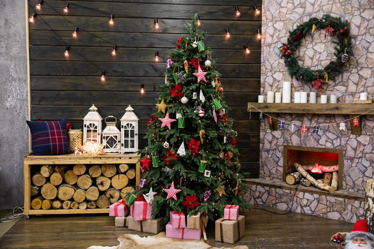 Traditional living room with Christmas tree and gifts