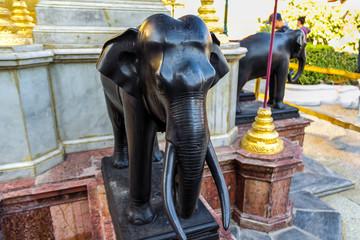 象の像 ワット・プラケオ寺院