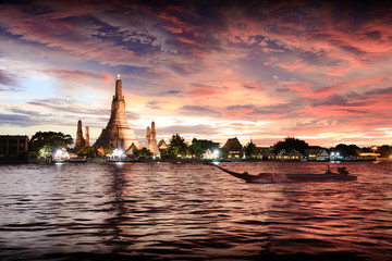 Wat Arun temple at sunset, Bangkok Thailand