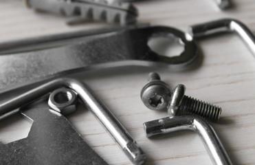viti, chiavi e brugole - fai da te