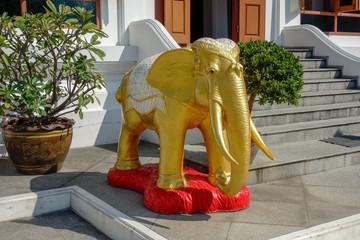 タイ 寺院 象