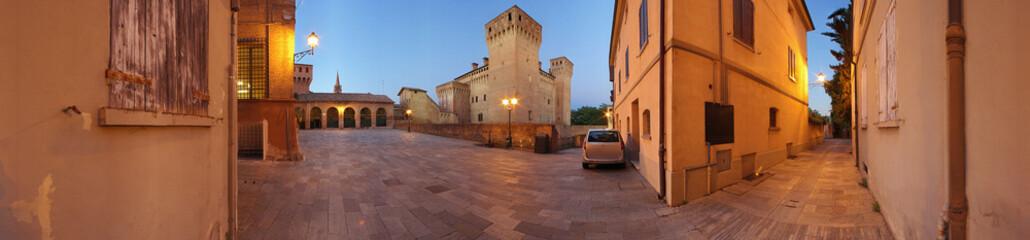 Vignola, panoramica del castello a 360°.