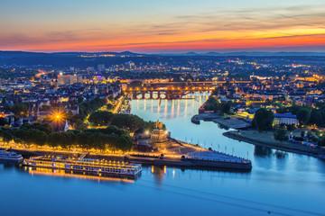Deutsches Eck in Koblenz, Deutschland Fototapete