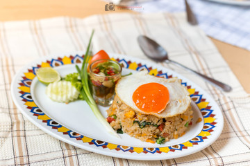 breakfast with fried rice and egg