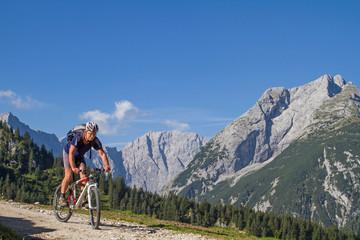 Mountainbiketour aufs Plumsjoch