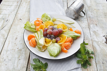 fresh fruit slicing plate