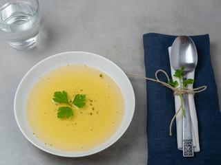 Saft mit Zitronengurke und Ingwer zur Gewichtsreduktion