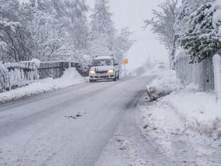 Straßenverhältnisse im Winter