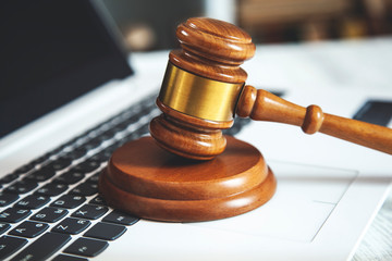 judge on keyboard