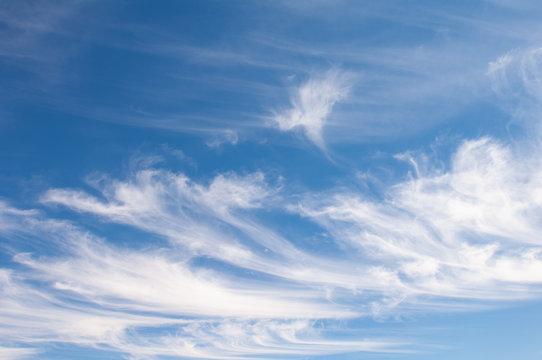 ciel nuageux, cloudy sky
