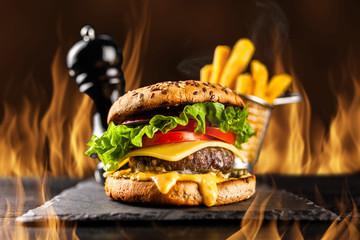 Fotoväggar - Delicious grilled burgers