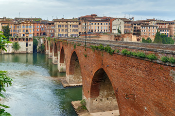 Pont vieux bridge, Albi, France