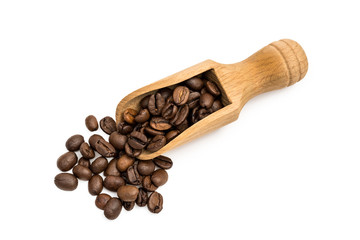 Poster Café en grains Small wooden spoon or scoop with coffee beans seen from above and isolated on white background
