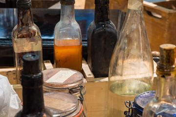 Mixtur-Flaschen mit Politur für die Bearbeitung von Musikinstrumenten