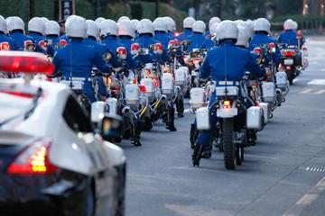 街を守る警察のバイク部隊