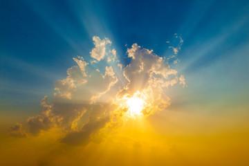Fototapeta Sunset with sun rays obraz