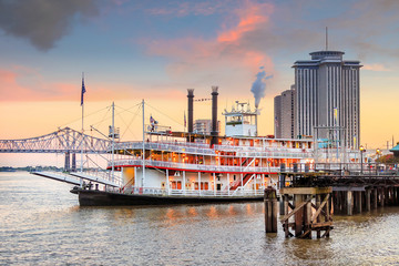 New Orleans paddle steamer in Mississippi river in New Orleans Fotomurales