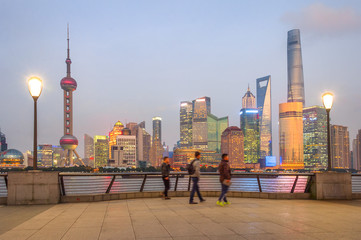 Fototapete - illuminated evening Shanghai cityscape view