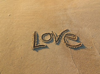 love writed in the sand