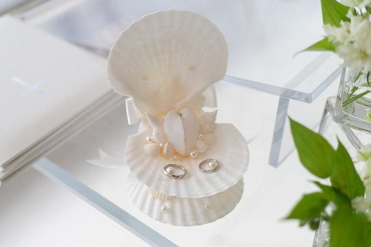 貝殻リングピロー