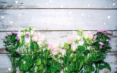 Blumenstrauß auf Holzbrett - Rosen zum Muttertag Valentinstag Geburtstag Glückwunschkarte