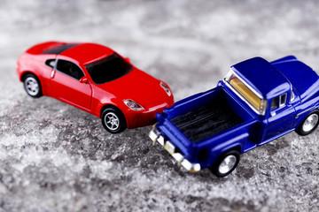 アイスバーンの自動車事故