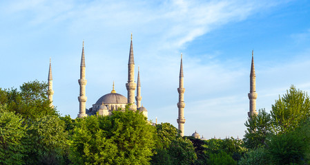 Istanbul and the coexistence of classical and ultramodern architecture