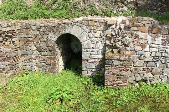 Vestiges gallo-romains à Bibracte vers Autun