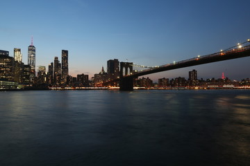 Printed kitchen splashbacks Australia View from the sea on the evening of New York and the bridge