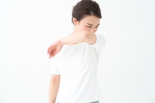 ボディケア・脇・女性