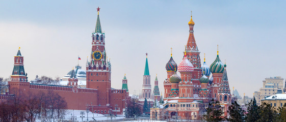 Printed kitchen splashbacks Moscow Moscow. Russia. St Basil's Church. Kremlin. View of the Red Square. Panorama of Moscow. Moscow in the winter. Capital of Russia. Panorama of the Red Square. Spasskaya Tower of the Kremlin.