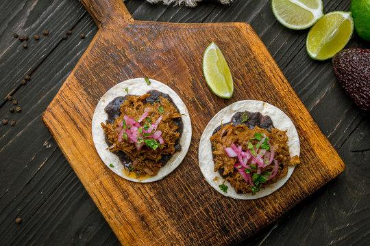 Tacos barbacoa on board