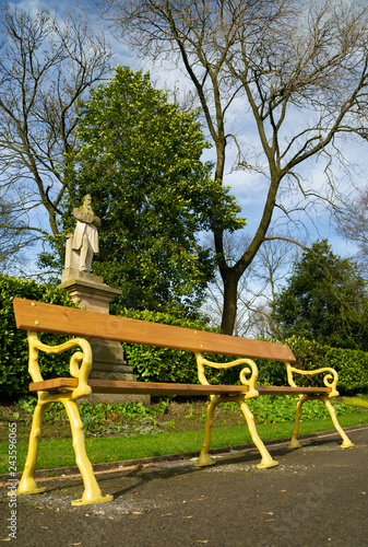 The Old Style Park Bench In Queen S Park Bolton England Stock