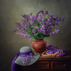 Still life with bouquet of garden bluebell flowers