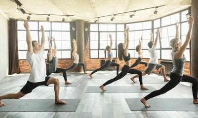 Photo sur Toile Ecole de Yoga Greeting the sun concept