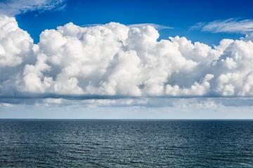 Sea and Clouds, Algarve, Portugal, Europe Fotobehang