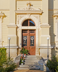 wealthy house entrance, Christmas decorated, Germany