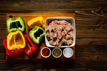 Ingredients for stuffed pepper with meat