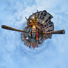 Steg am Canal Grande in Venedig - little planet