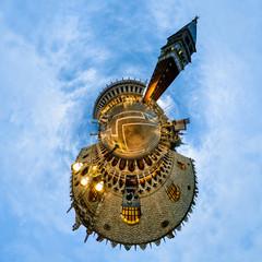 Venedig Markusplatz mit dem Campanile - little planet