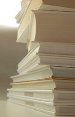 książki w bieli