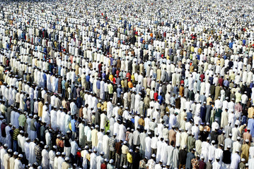Thousands of Indian Muslims offer Eid prayers in Bhopal.