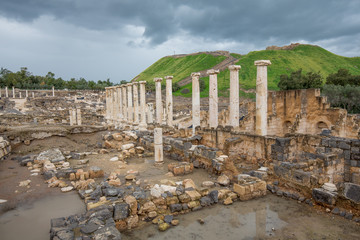 Remains of the destryed roman city of Beit She'an in the same National Park