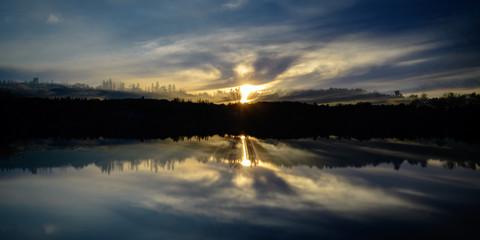 Foto auf Gartenposter Reflexion Sunrise, Sunset, Landscapes