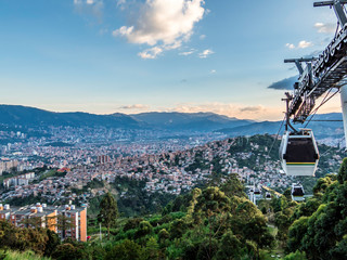 Spoed Fotobehang Blauw Skyline of Medellin from the Metro Cable station
