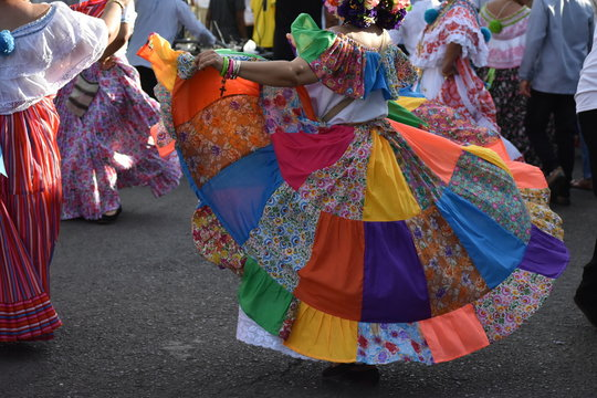 Colon national dress congo